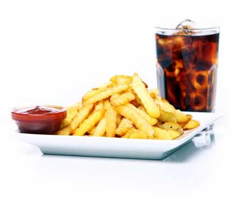 4-Makanan-Populer-ini-Dapat-Menyebabkan-Impotensi-di-Usia-Muda-klinik-lelaki