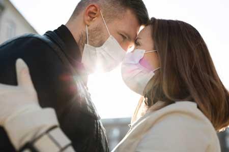 Virus corona hubungan intim