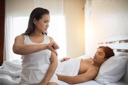 6 posisi bercinta anti ejakulasi dini